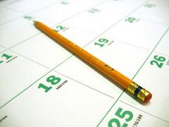 Bleistift auf einem Kalender